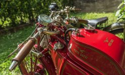 cropped-moto-guzzi-2016-66-of-19.jpg