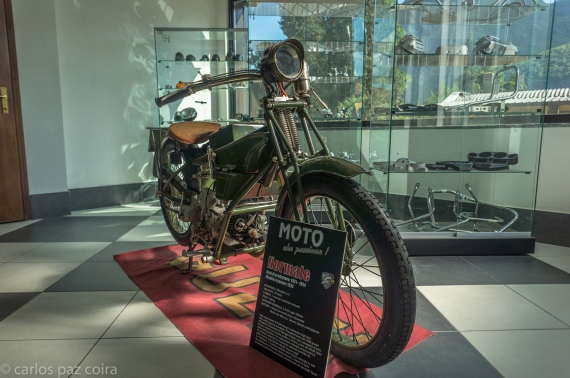 Moto Guzzi 2016 (19 of 30)